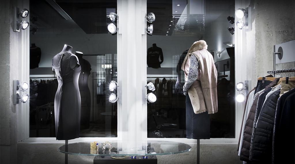CAZAK boutique by Karen Hansen